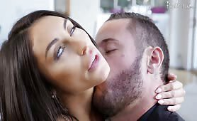 Passionate sex and a Warm Facial